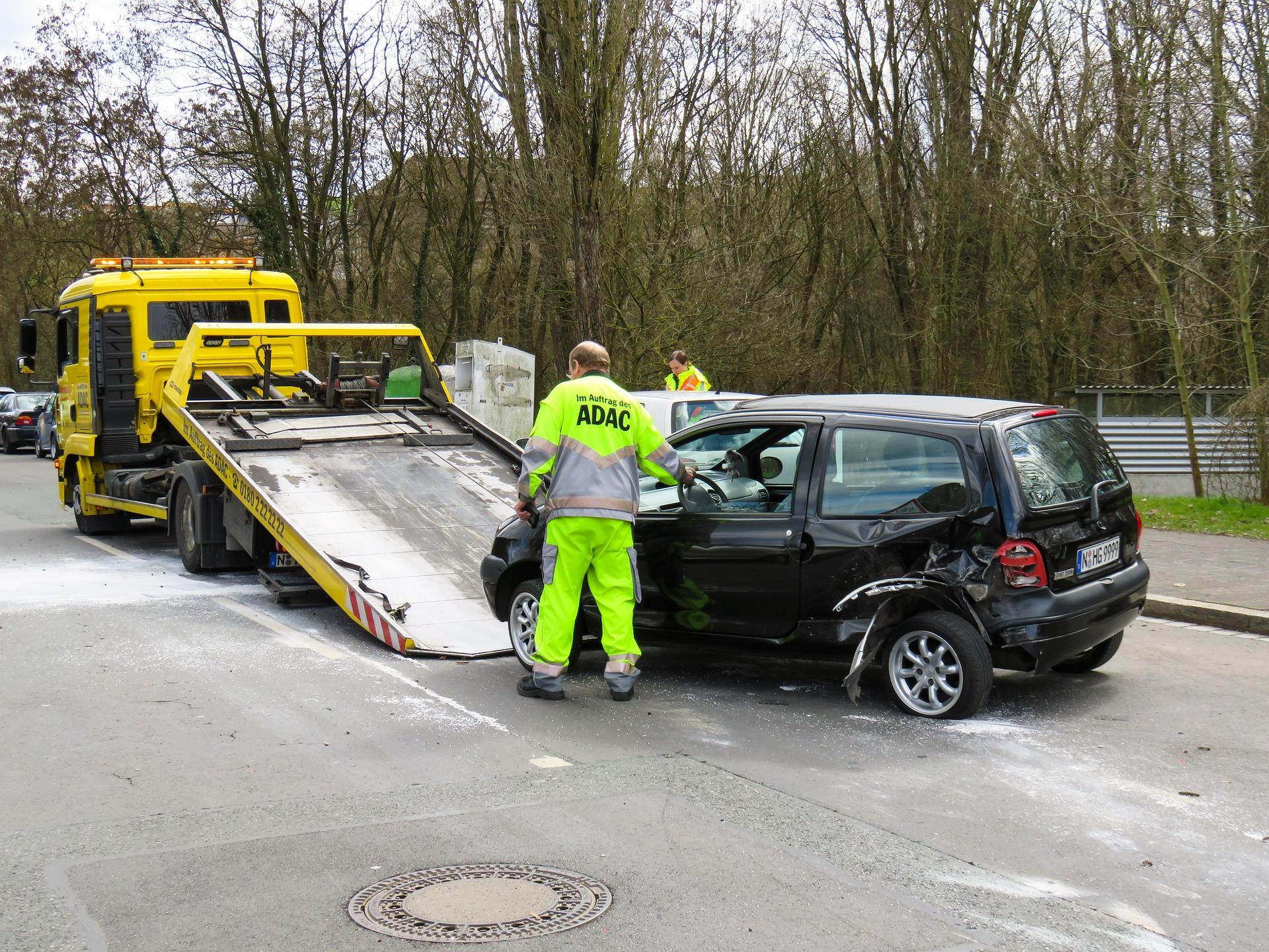 Unfallfahrzeug in den Export verkaufen